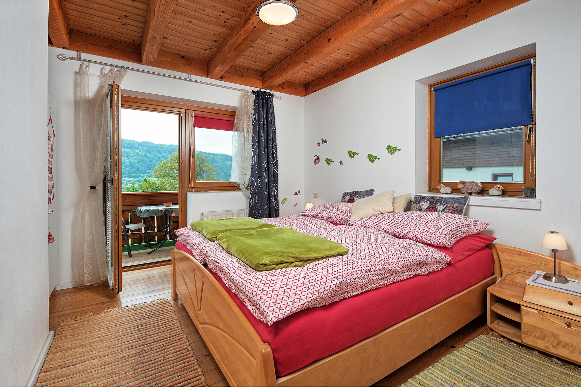 Apartment mit 2 Schlafzimmern und Balkon